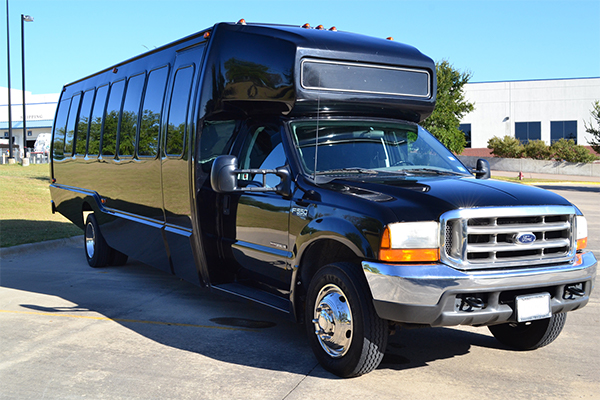 15 Passenger party bus Chesapeake