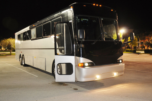 40 passenger party bus Chesapeake