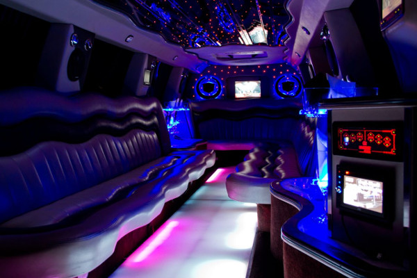 Escalade limousine service Chesapeake