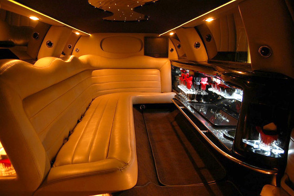 lincoln limo service Chesapeake